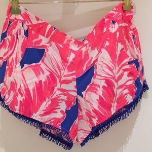 Lilly Pulitzer Cocoa Short in Beach Bliss, size M